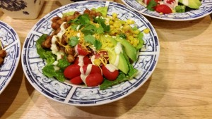 BBQ Chickpea Dinner Salad - Eat-in With YiaYia
